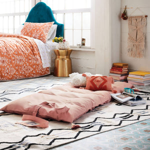Decorative Solid Throw Bed, Blush - Midtown Bargains