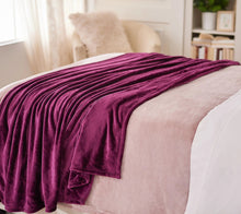 "Berkshire Set of 2 60"" x 80"" Super-Oversized Velvet Soft Throws - Midtown Bargains"