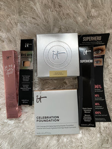 IT Cosmetics IT's Your Top 5 Superstars & More! 6-pc Holiday Set **Damaged Box - Midtown Bargains