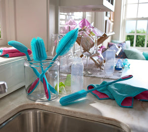 KOCHBLUME 4 Pc Silicone Brush Set with 2 Microfiber Towels - Midtown Bargains