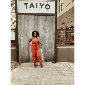 FRONT V-NECK JUMPSUIT (Rust)
