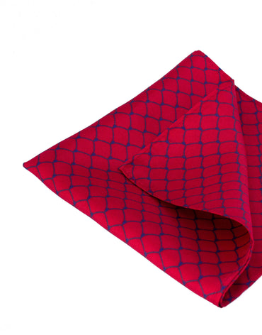 Red chain print pocket square silk