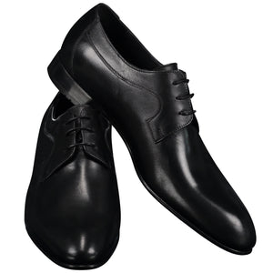 Black shiny shoes