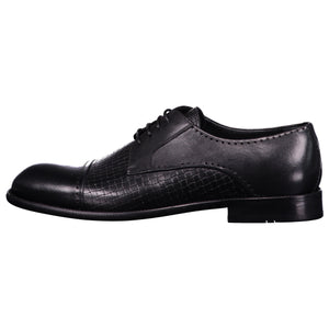 Side perspection for dark gray shiny shoes with lace