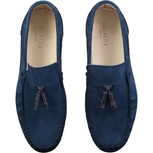 Top perspective for dark blue shiny shoes with lace