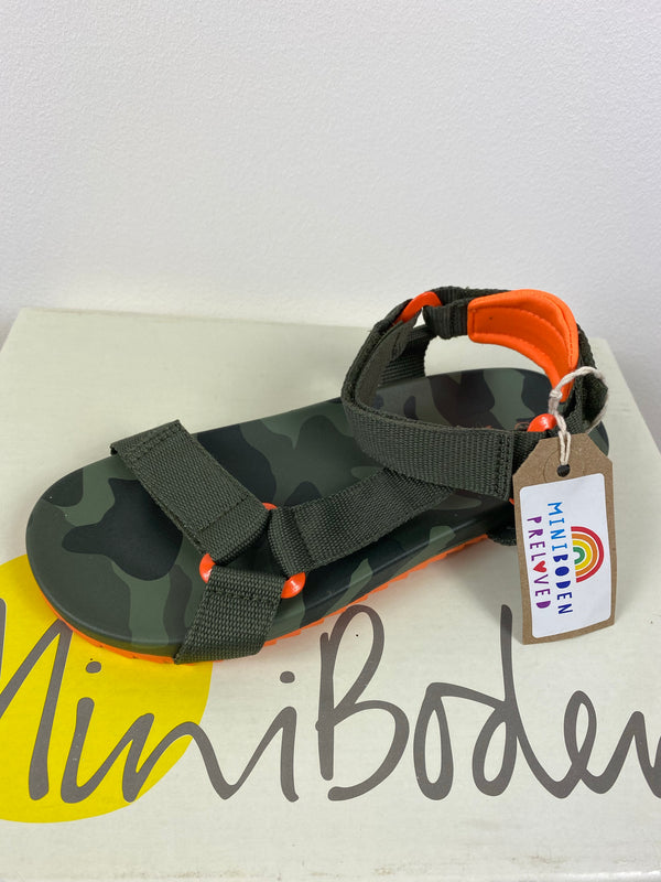 NEW Camo Design Adjustable Sandals (Size - 33)