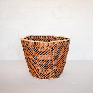 PANIERS TRADITIONNELS DU KENYA / UNIQUE FINE WEAVE KENYA TRADITIONAL BASKETS