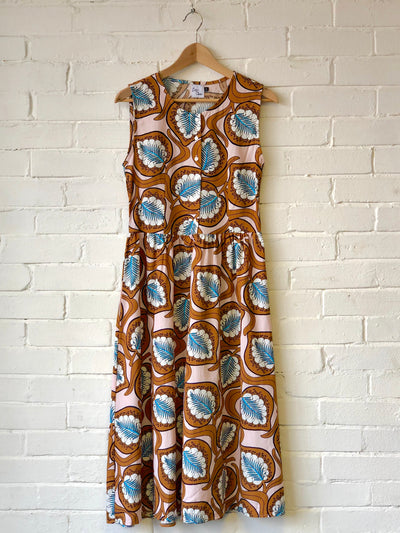 Retro Print Sleeveless Dress