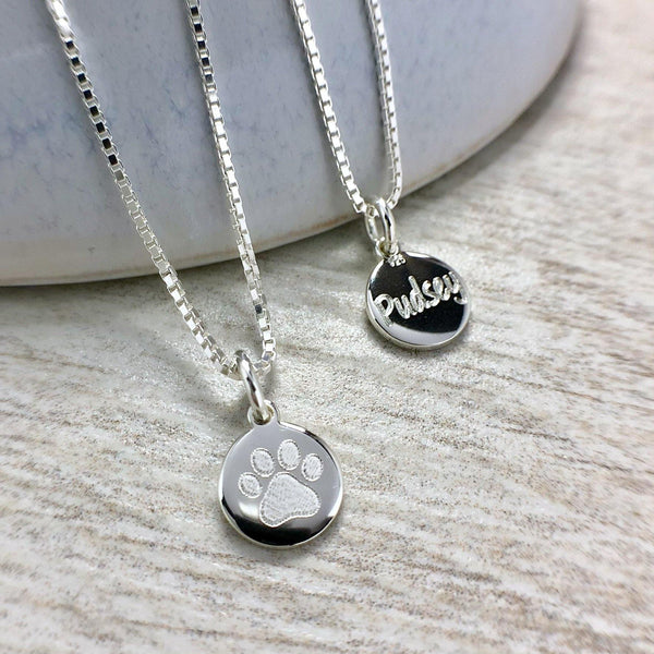 Paw print necklace with name engraved on the back, sterling silver, 8mm