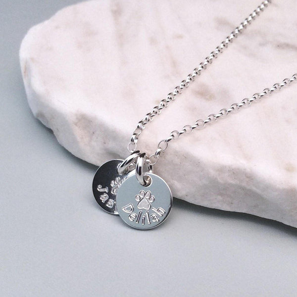 Paw print necklace engraved with pet's name, small and dainty, 10mm