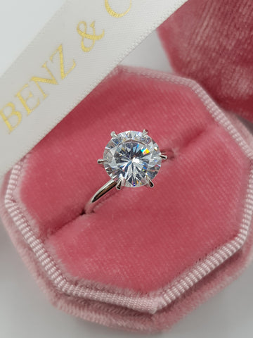 3 Carat Round Brilliant Cut Diamond Engagement Ring