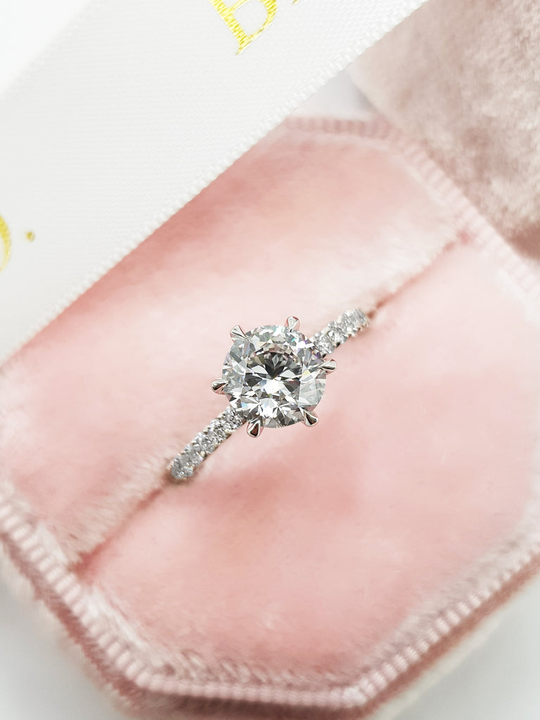1.20 Carats Round Brilliant Cut Micropave Side Stones Diamond Engagement Ring
