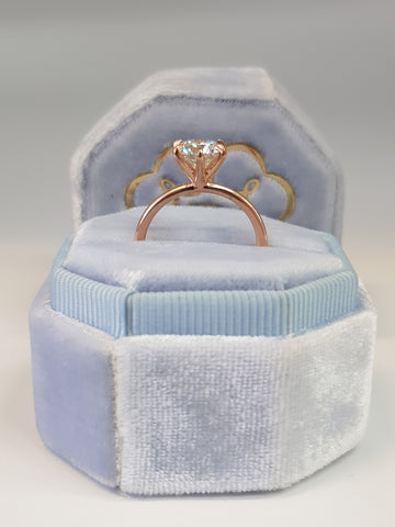 1.01 Carat Round Brilliant Cut Six Prongs Diamond Engagement Ring in Rose Gold