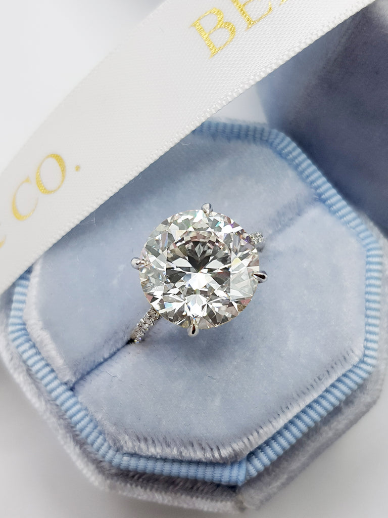 7.90 Carats Round Brilliant Cut Cathedral Diamond Engagement Ring
