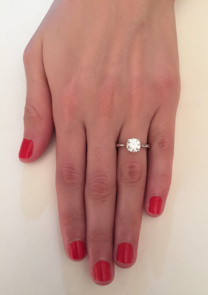 1.00 ct Round Brilliant Cut Diamond Engagement Ring