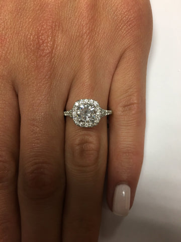 1.55 ct Round Cut Diamond Engagement Ring