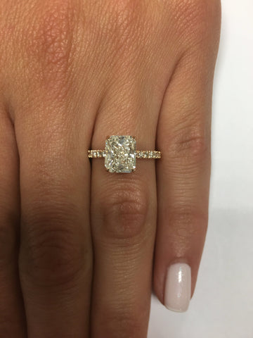 2.50 ct Radiant Cut Diamond Engagement Ring In Rose Gold