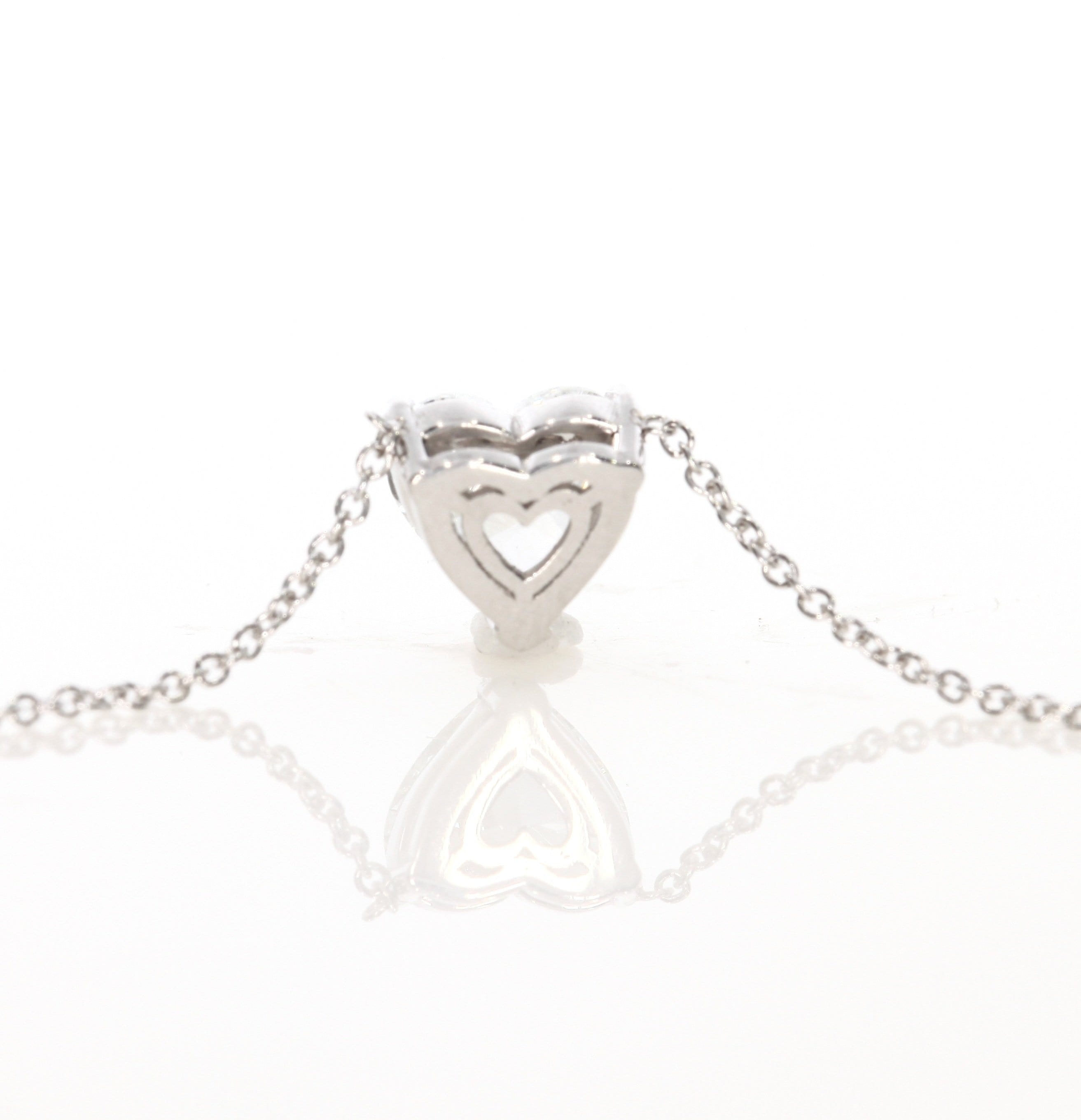 1.08 ct Heart Shaped Diamond Pendant Necklace