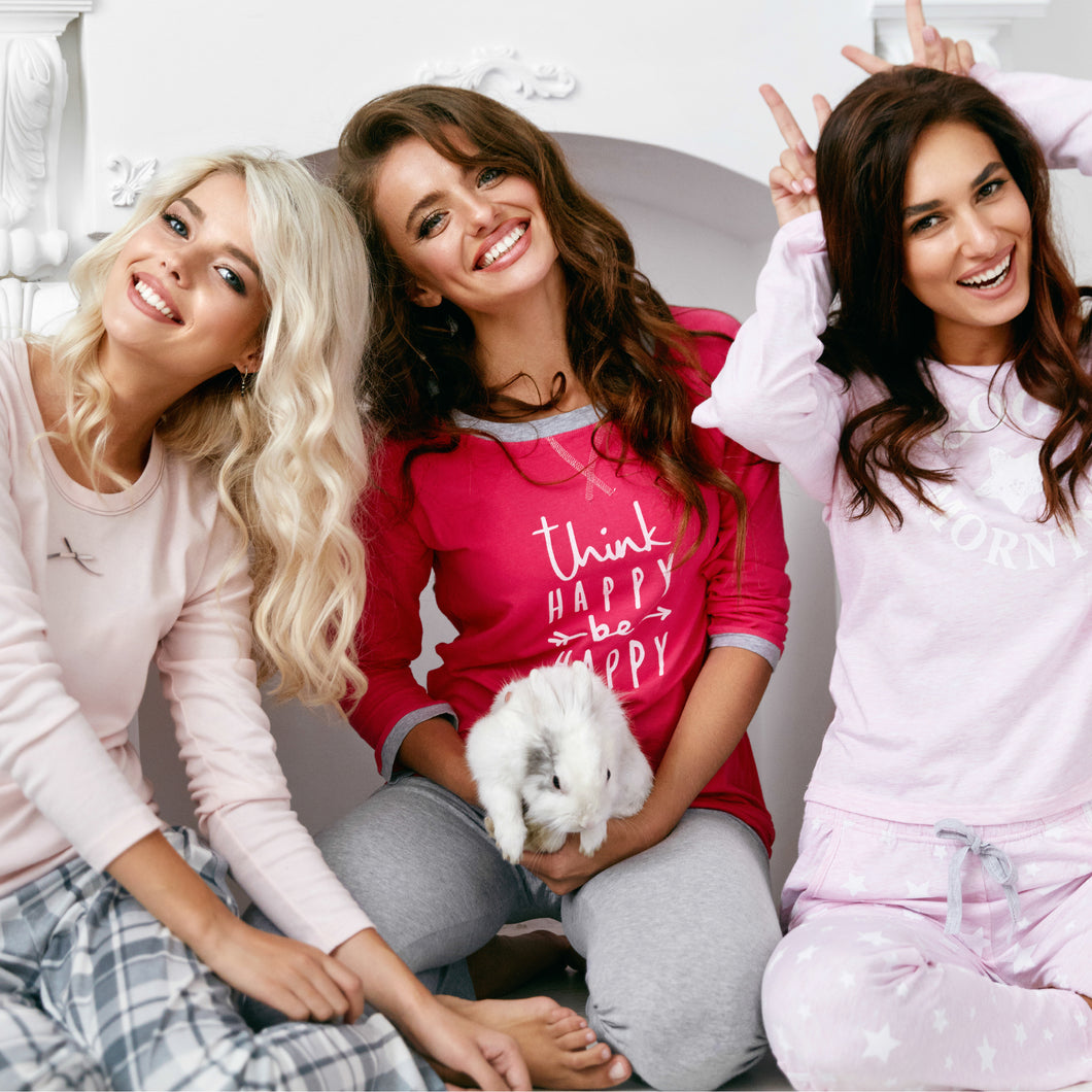 Girls Night In - INVITE YOUR FRIENDS - SPECIAL GROUP PACKAGE - Kitmate