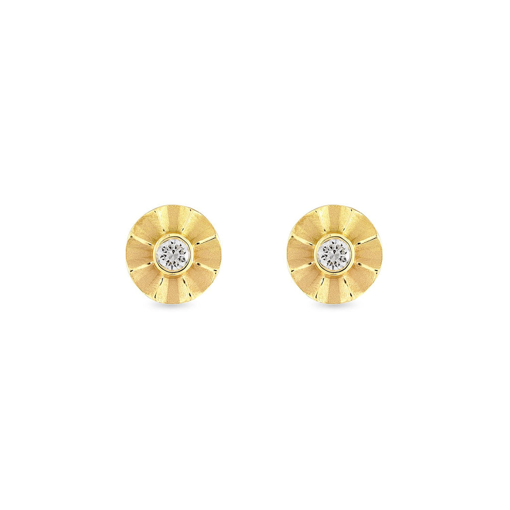 faceted diamond studs with scalloped edge