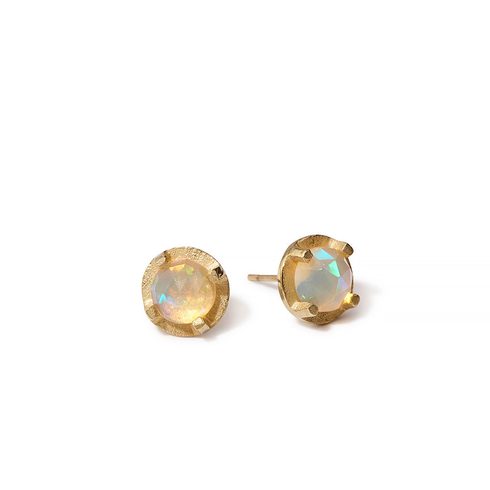 NEW | faceted prong set studs