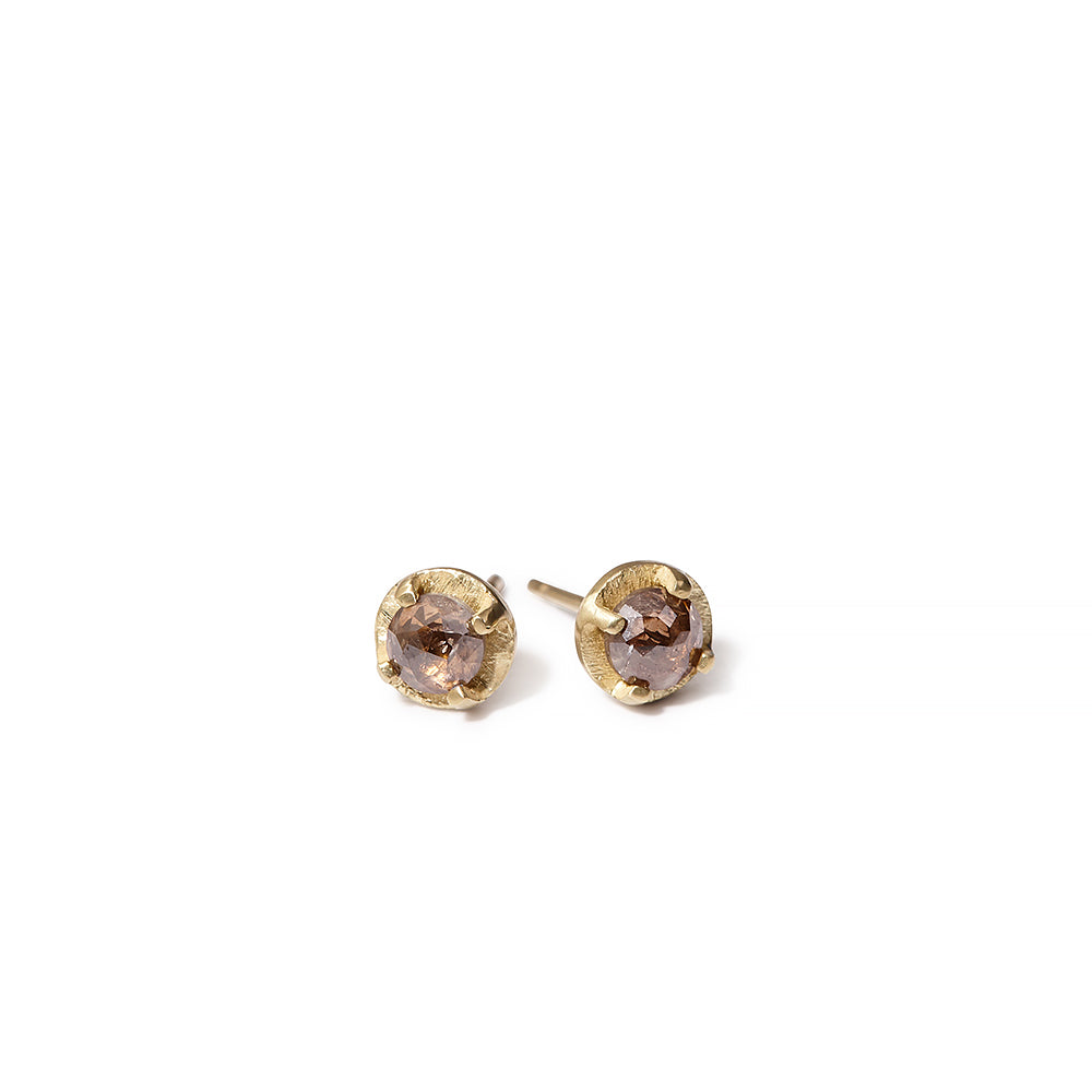 NEW | brown diamond prong set studs