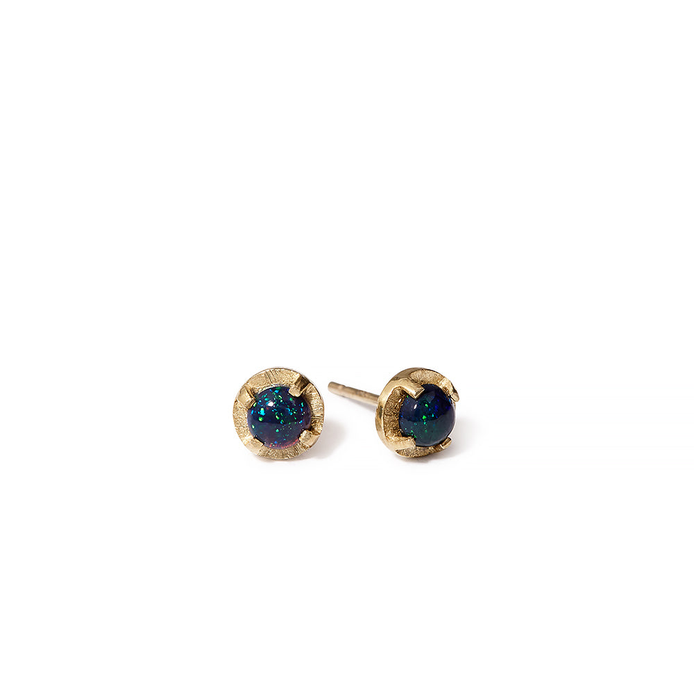 NEW | mini facetted prong set studs