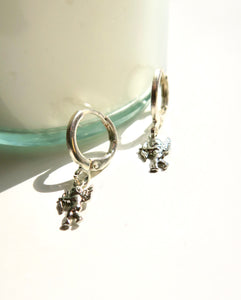 """MINI CUPID"" earring"