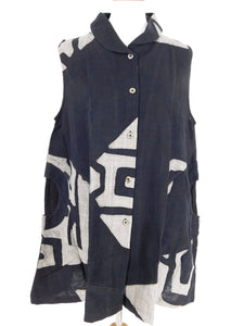 Circle Pocket Vest - Mask Batik - Black