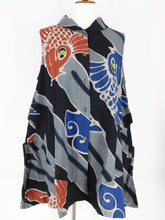 Circle Pocket Vest - Koi Batik - Black