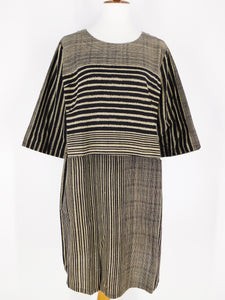 Simple Dress - Gradual Line Print - Black