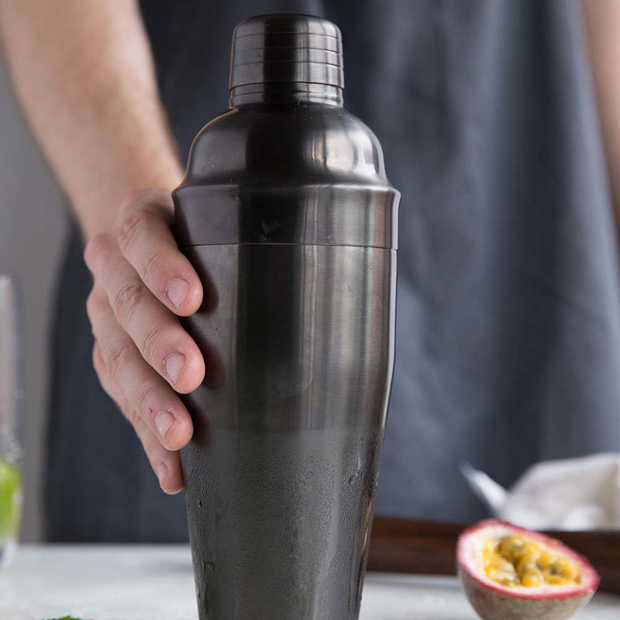 Cocktail Shaker Titanium Edition