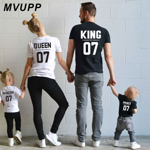 Family Look Dad, Mom, Kid matching outfits. mommy and me clothes mother daughter dresses Fashion T-Shits King Queen prince princess.