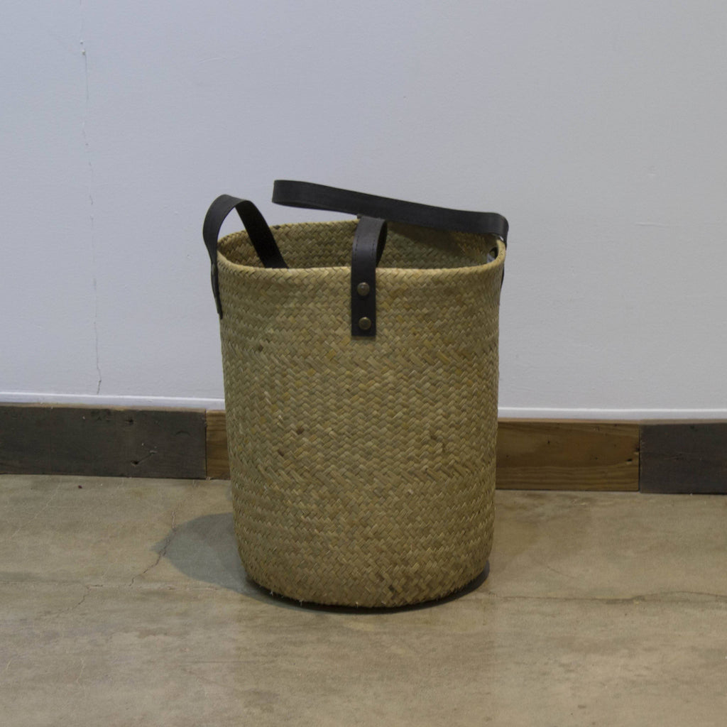 ARKA Living Handcrafted basket/bag with leather handle