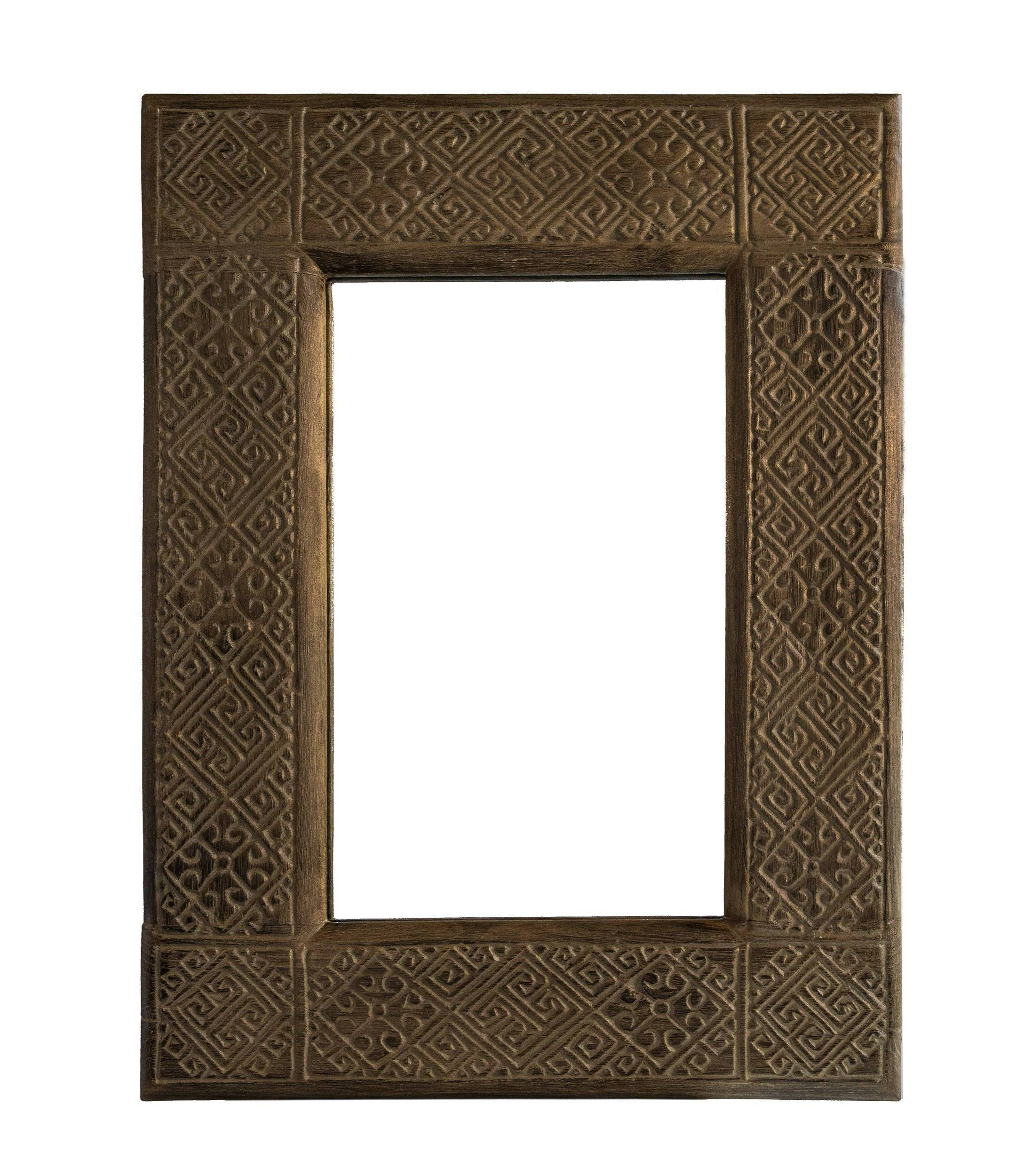 ARKA Living Small wooden carving mirror