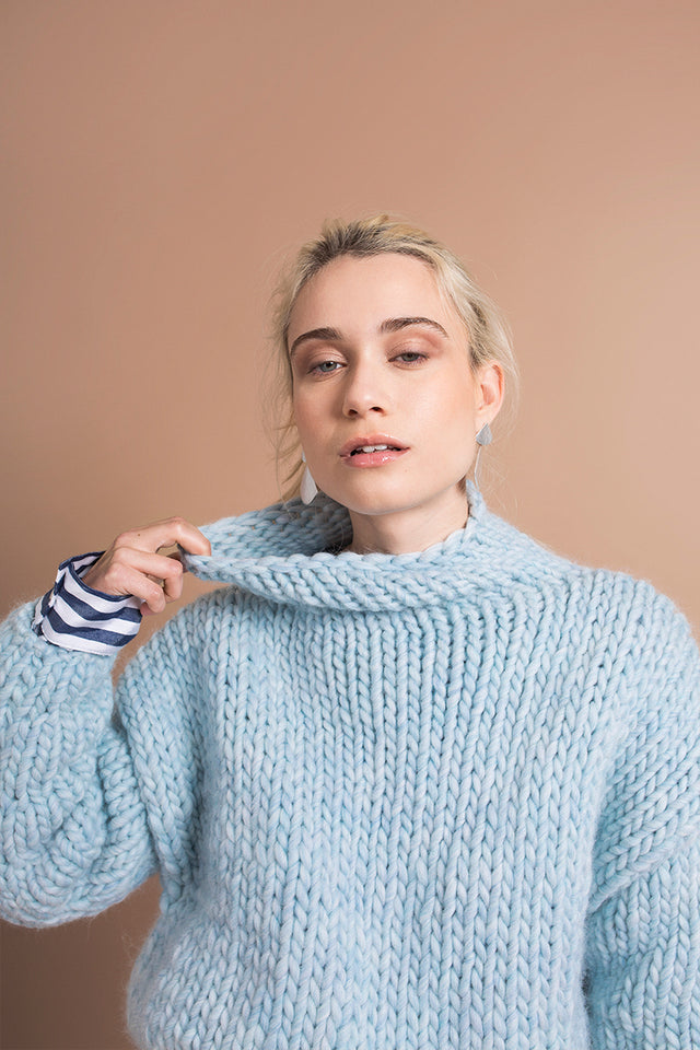 SKY BLUE SWEATER - This Is Mool