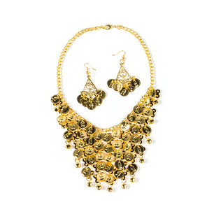 Shimmery gold coins make for a bold and beautiful statement necklace, with drop earrings to match.