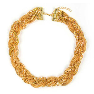 The beautiful woven look of this necklace is elegant and a beautiful addition to any outfit.