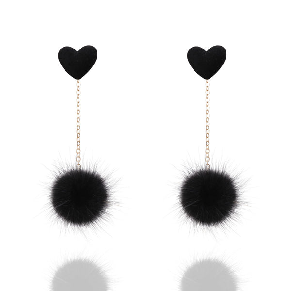 A cute heart earring designed with a simple and sleek chain and mink. Unique and fun. black
