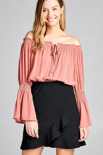 Ladies fashion long sleeve w/lace trim off the shoulder self tie front crinkle gauze woven top