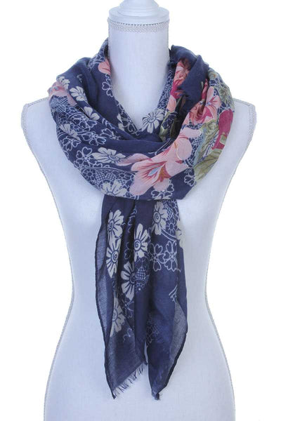 Floral pattern oblong scarf