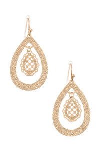 Textured teardrop dangle earring