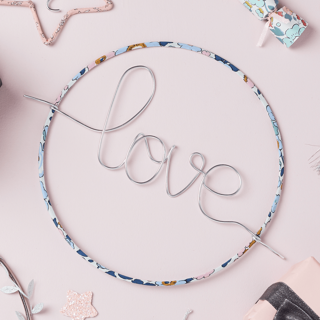 'Love' Hoop sign (more options available)