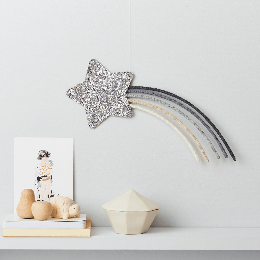 Little Cloud Rainbows Liberty Grey Knit Shooting Star Wire Wall Hanging