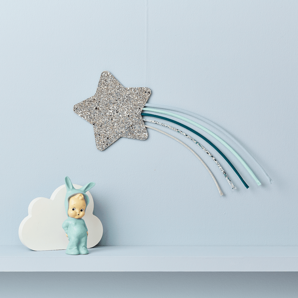 Little Cloud Rainbows Liberty Liberty Adelajda Blue Shooting Star Wire Wall Hanging