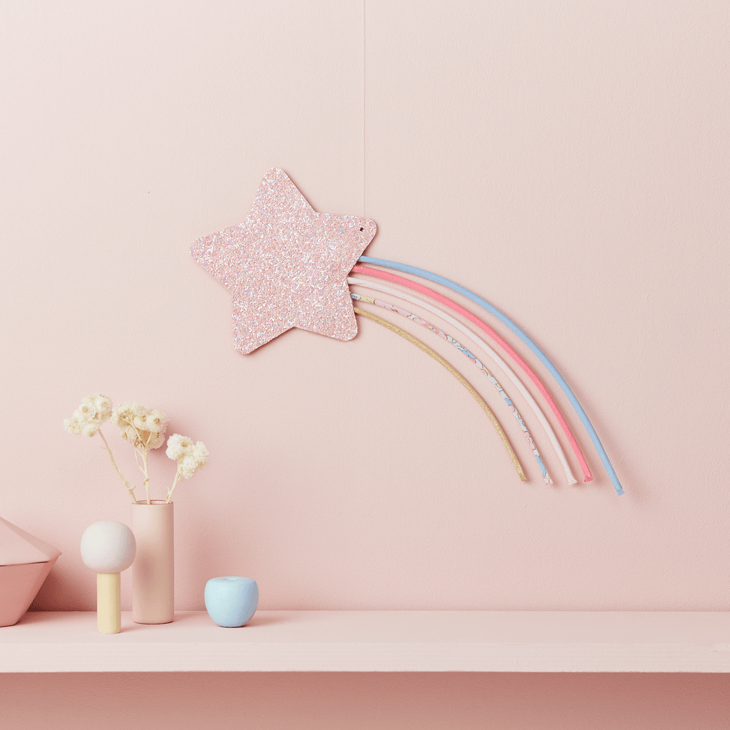 Little Cloud Rainbows Liberty Liberty Betsy Pastel Shooting Star Wire Wall Hanging