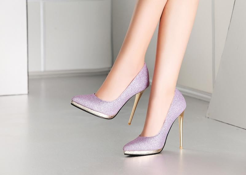 Shade of Elegance Solid Women Pumps