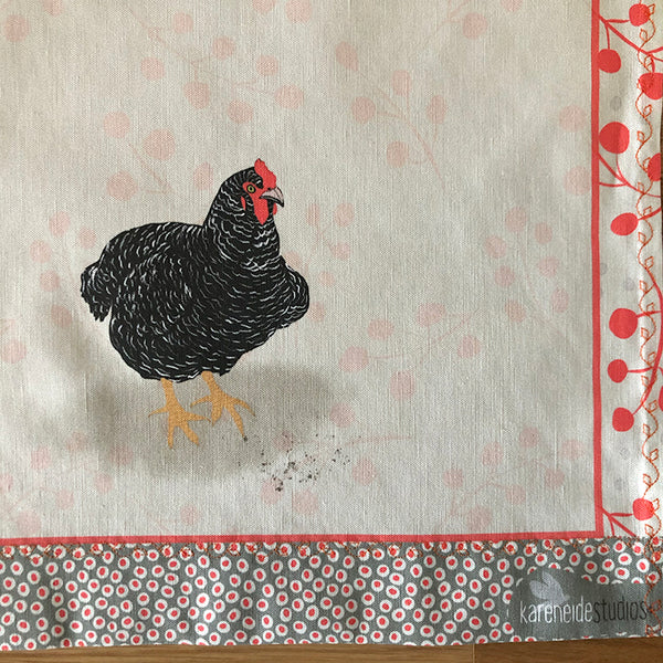 Tea Towel - 50/50 Cotton/Linen: Pippin's Barred Rock