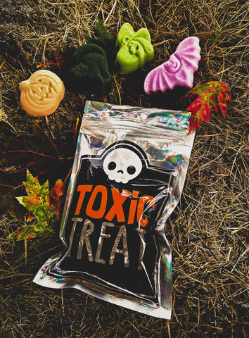 Toxic Treats Mini Bath Bombs Set