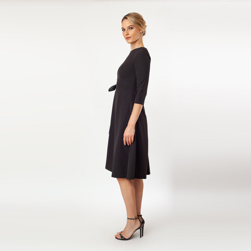CN7142_T-Length Side Tie Dress